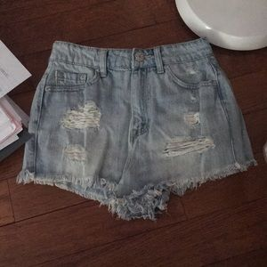 New without tags BDG Size 26 highwaist shorts